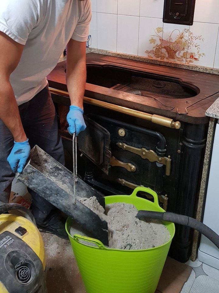 Mantenimiento de cocinas de leña, chimeneas, estufas de pellets.