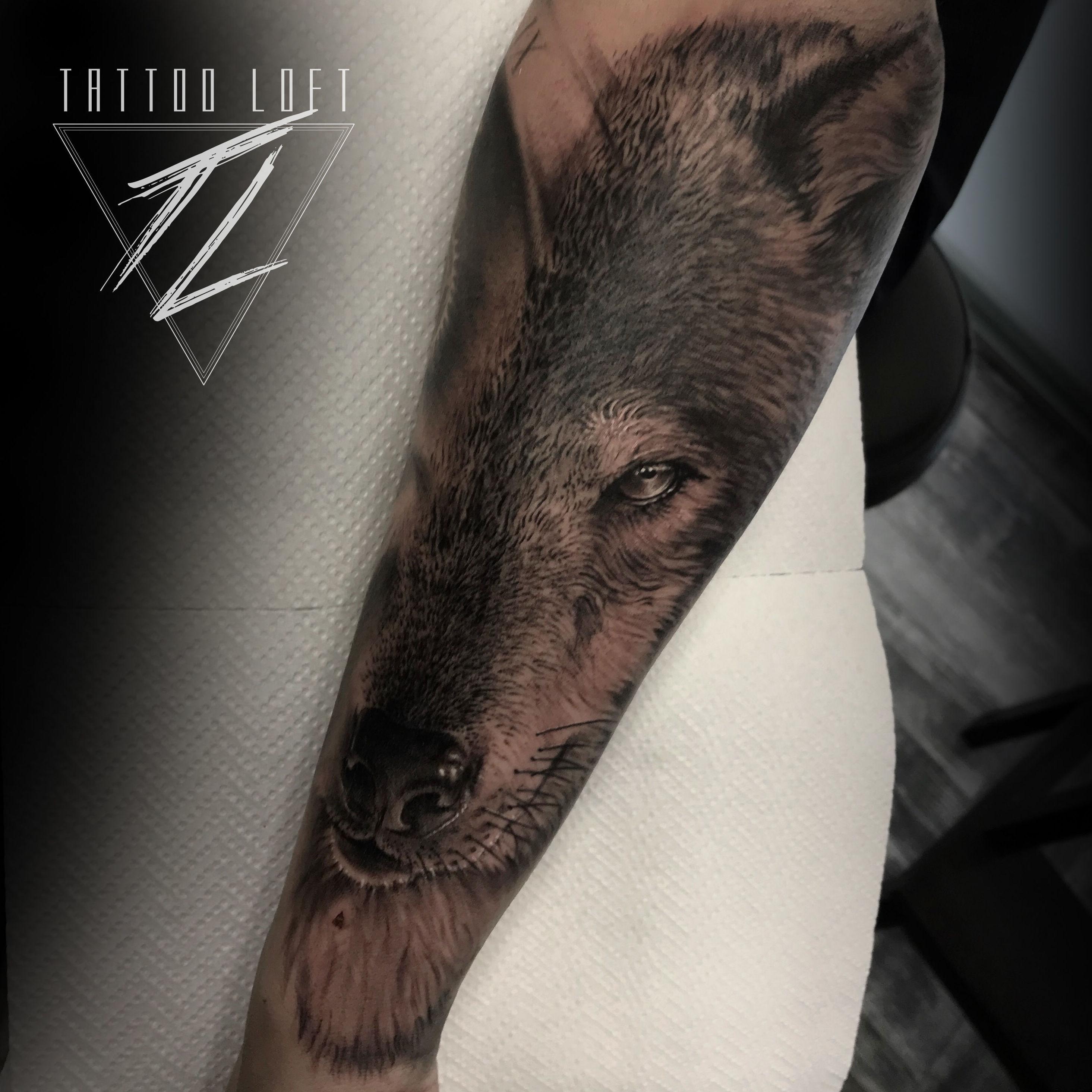 Tatuaje de lobo Carabanchel