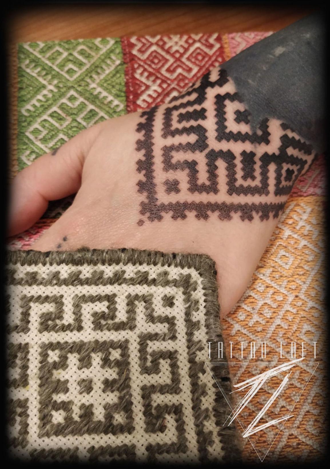 Foto 43 de Estudio artístico de tatuaje en  | Tattoo Loft