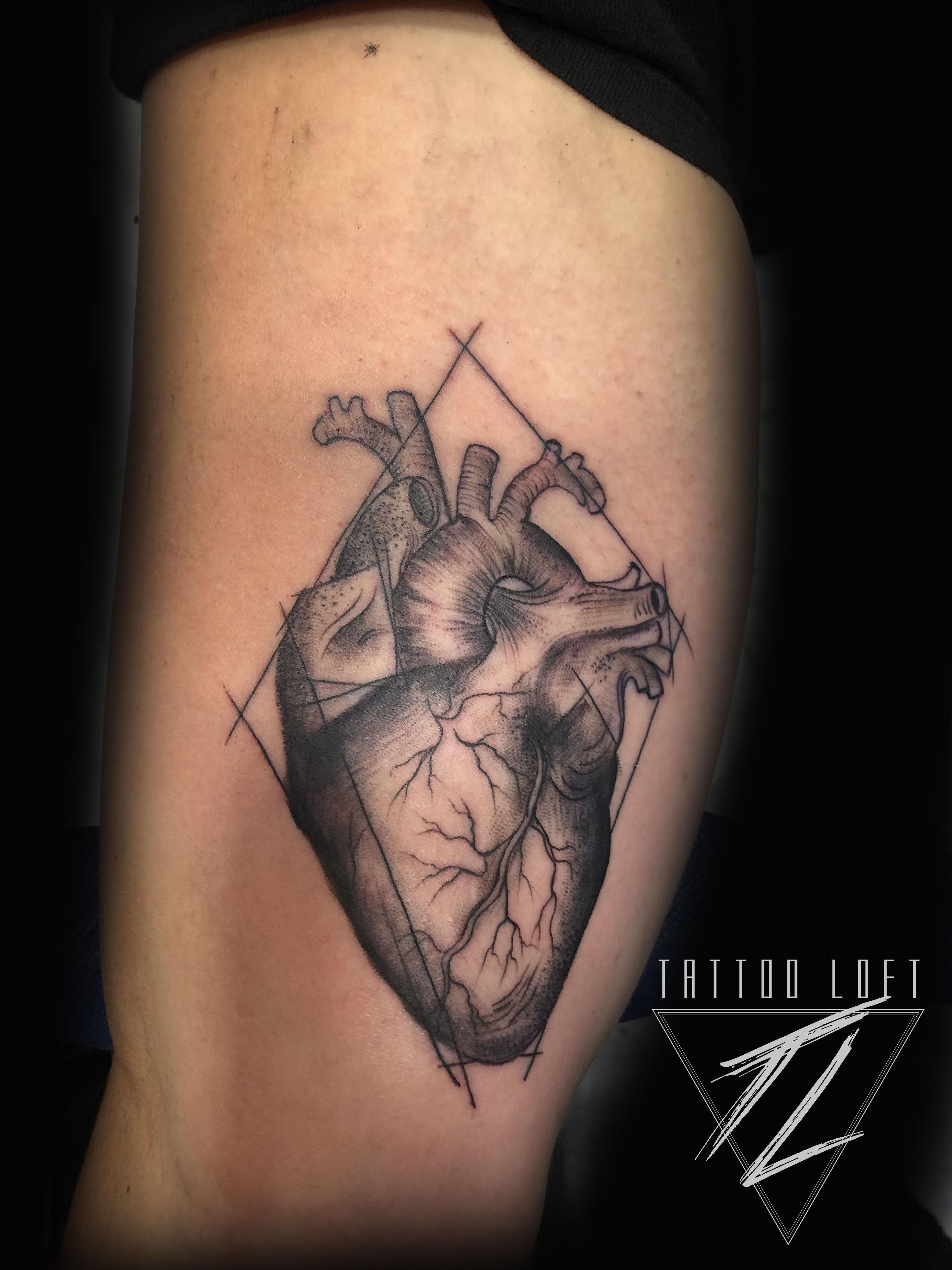 Tatuaje de un corazón Carabanchel