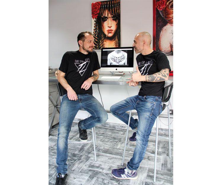 Nuestros tatuadores Matteo Buscicchio y Javi Mago