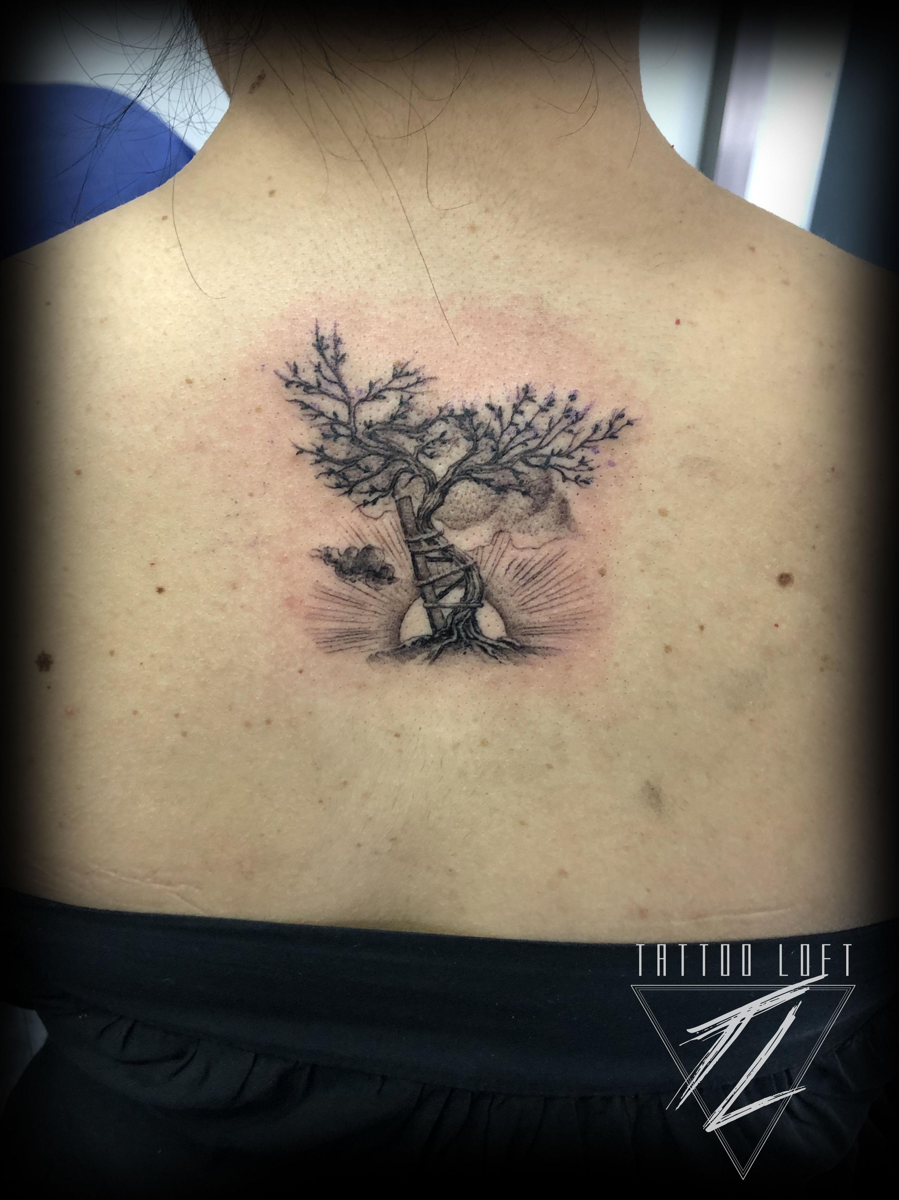 Foto 84 de Estudio artístico de tatuaje en    Tattoo Loft