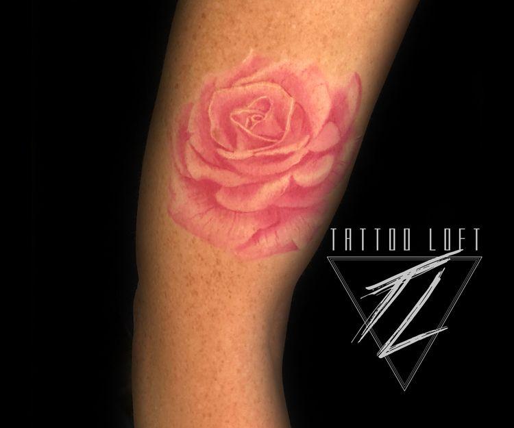 Foto 201 de Estudio artístico de tatuaje en  | Tattoo Loft