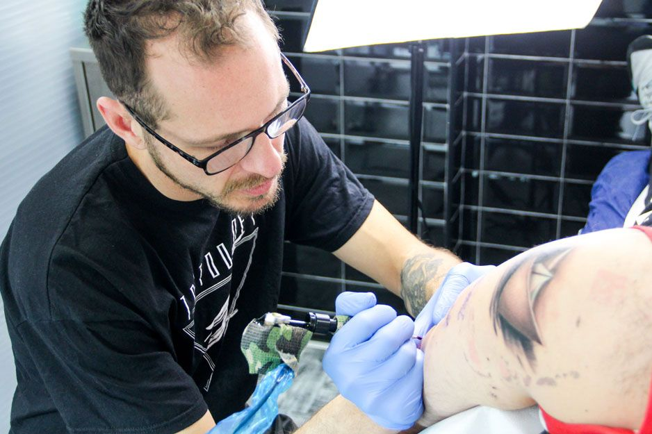 Tatuajes maoríes en Carabanchel