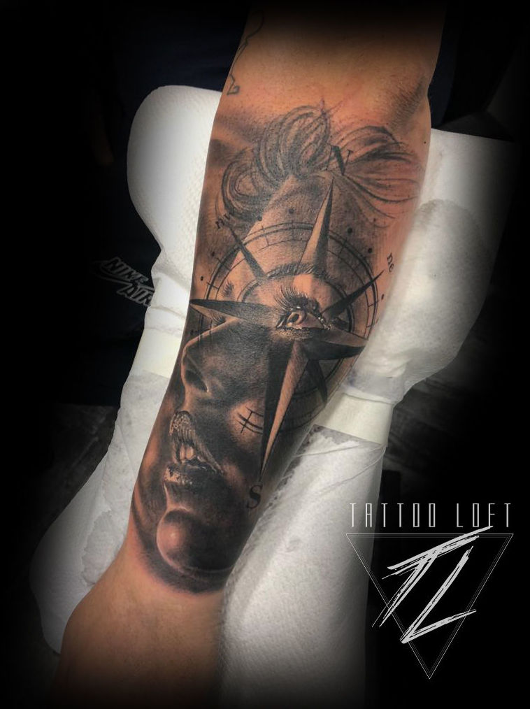 Foto 156 de Estudio artístico de tatuaje en  | Tattoo Loft