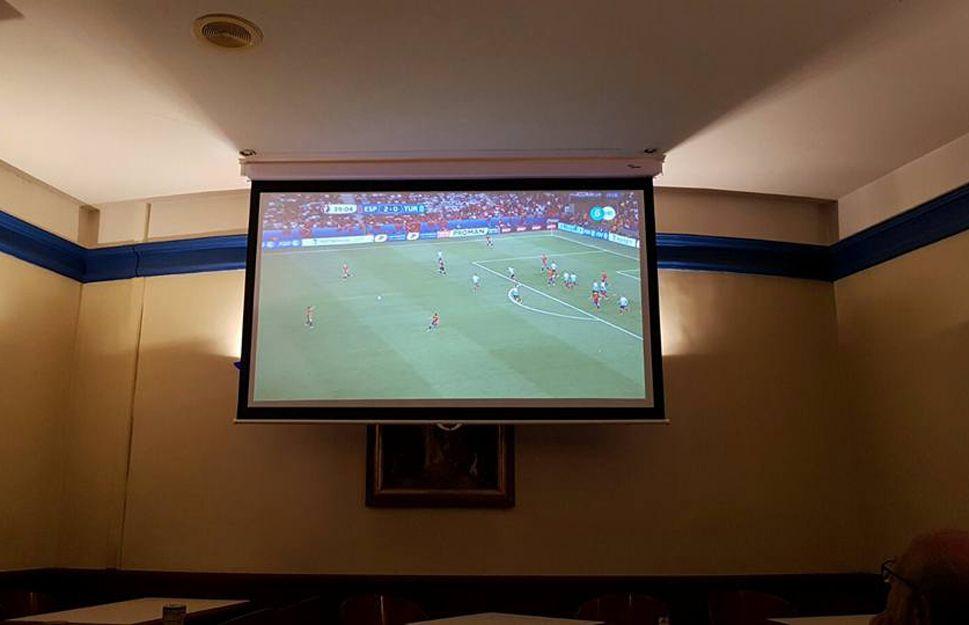 Todos los partidos de fútbol en Las Menades, Zaragoza