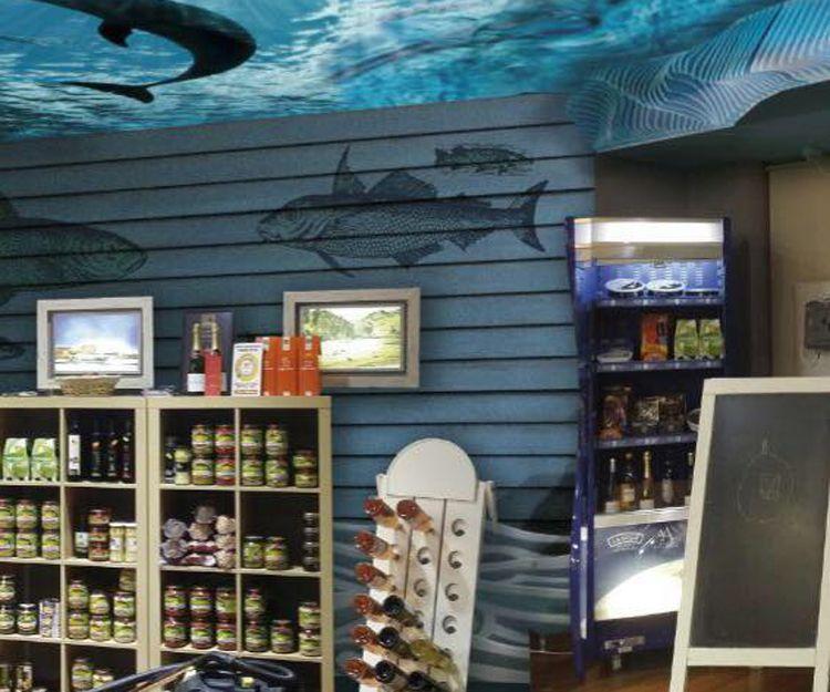 Interior de nuestra tienda en Valladolid