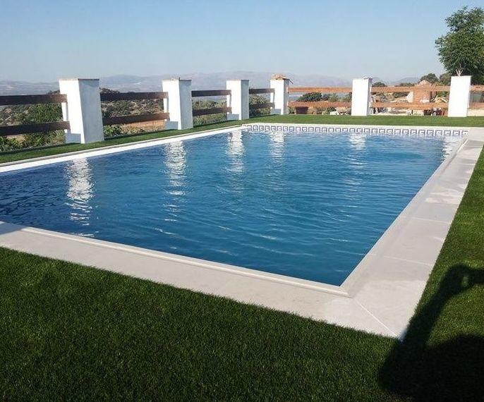Construcci n de piscinas en andaluc a granada m laga ja n almer a c rdoba te llamamos - Piscina arabial granada precios ...