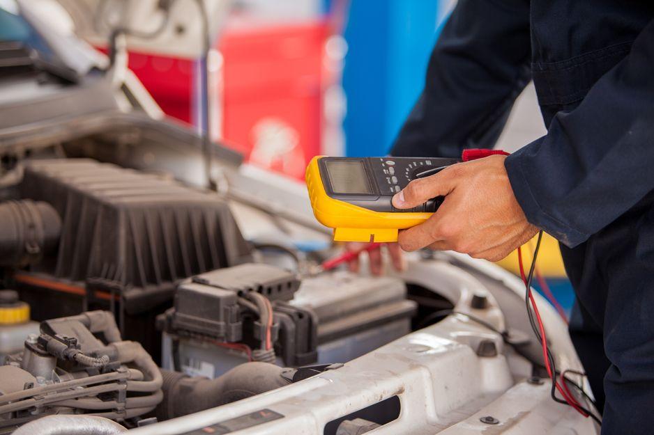 Electricidad del automóvil en San Cristóbal de La Laguna