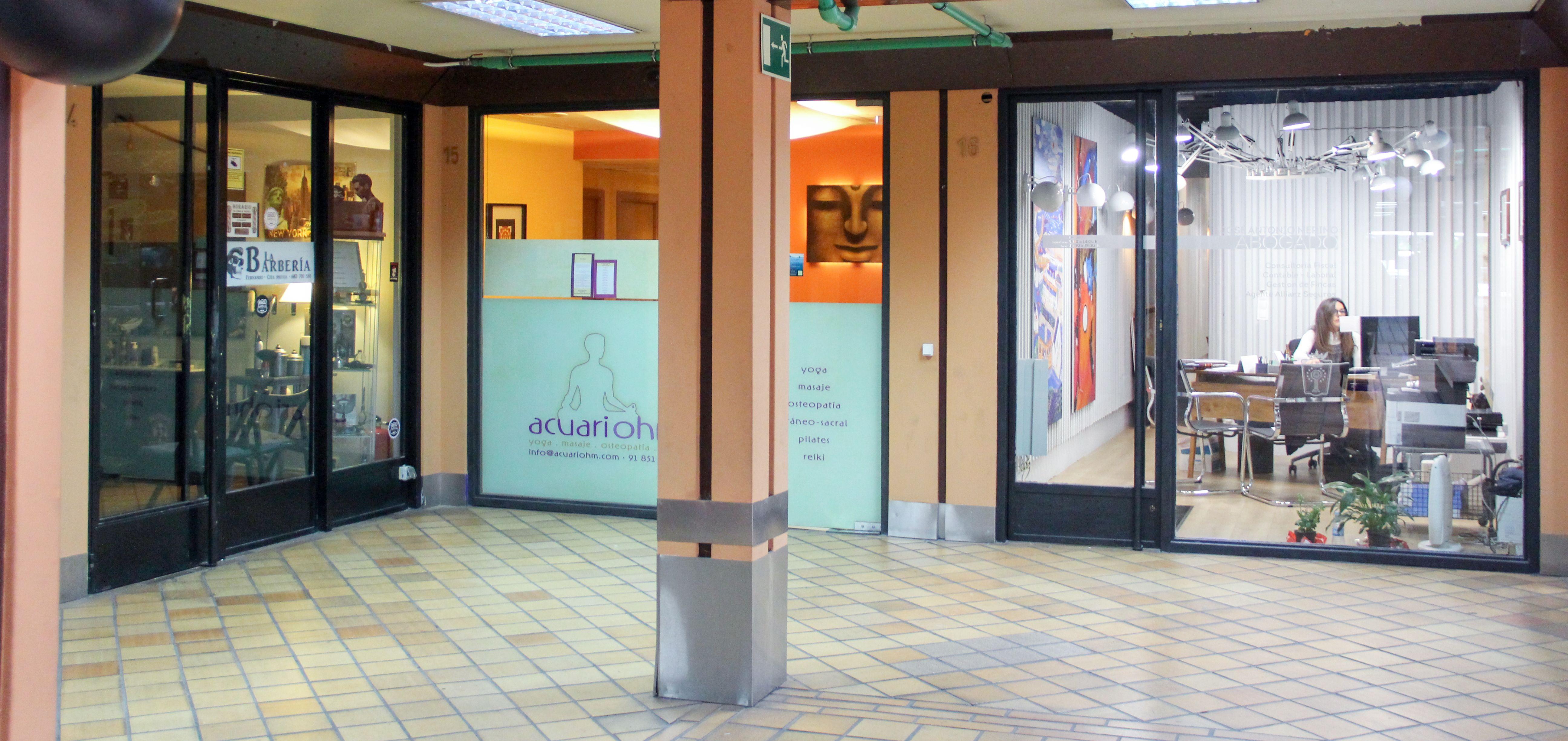 Horario del centro comercial lunes a domingo de 09:00 a 00:00 horas
