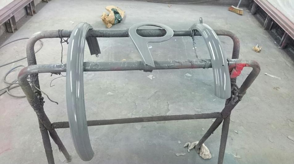 Secado de piezas para un vehículo en Pilar de la Horadada