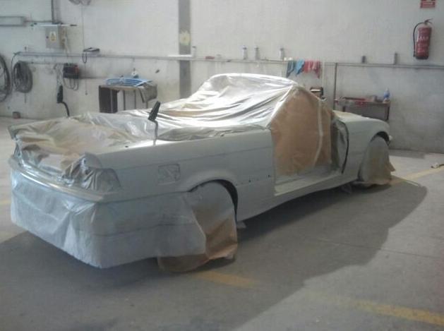 Proceso de la restauración y pintado de automóvil el Autochapa 2000