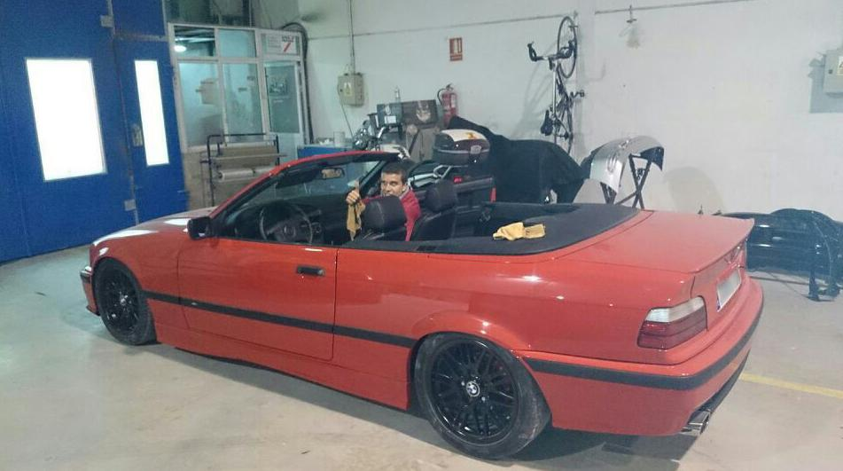 Vehículo restaurado en Autochapa 2000