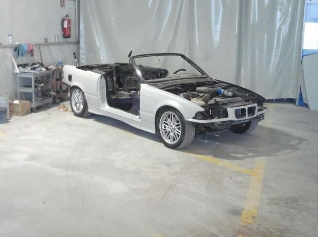 Restauración de vehículo en Autochapa 2000