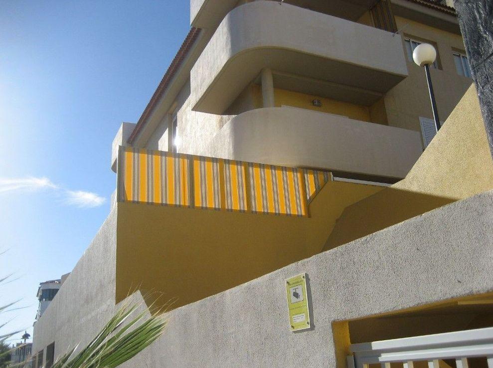División terraza: Toldos personalizados de Toldos Isla Sol