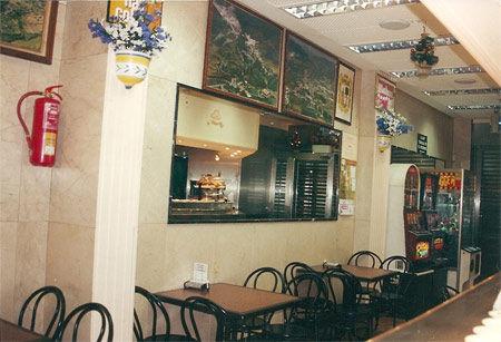 Foto 2 de Bares de tapas en Madrid | La Isla de Vallecas