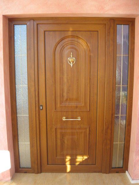 Puerta principal (imitacion madera, roble dorado)