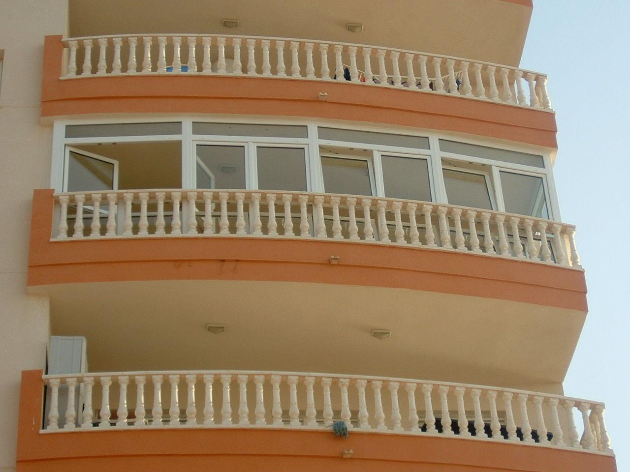 Cerramiento Costa Manga (vista exterior)