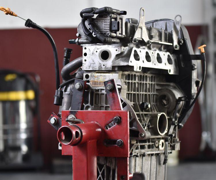 Taller especializado en vehículos industriales