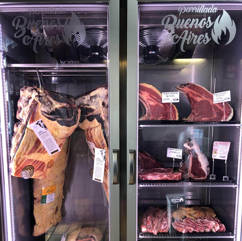 "Expositor carnes ""Dry Aged"" Parrillada Buenos Aires - A Coruña"