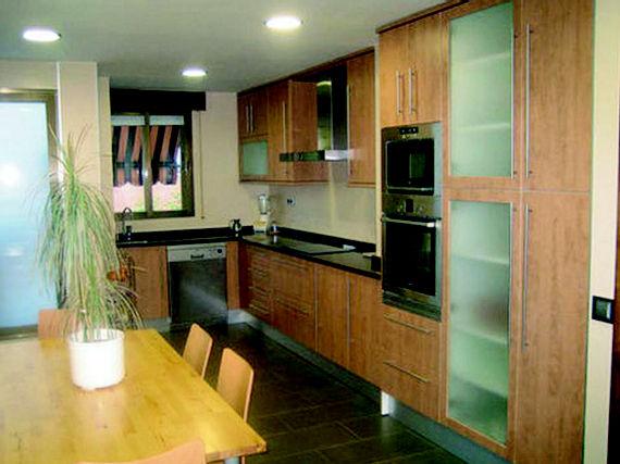 Foto 20 de Muebles de baño y cocina en Lugo de la Llanera | Multicocinas SUAL,S.L.