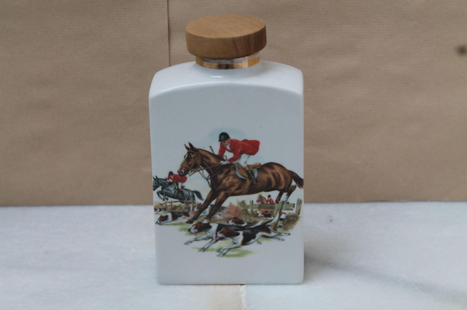Botella de porcelana decorada años 60: Artículos  de Ruzafa Vintage