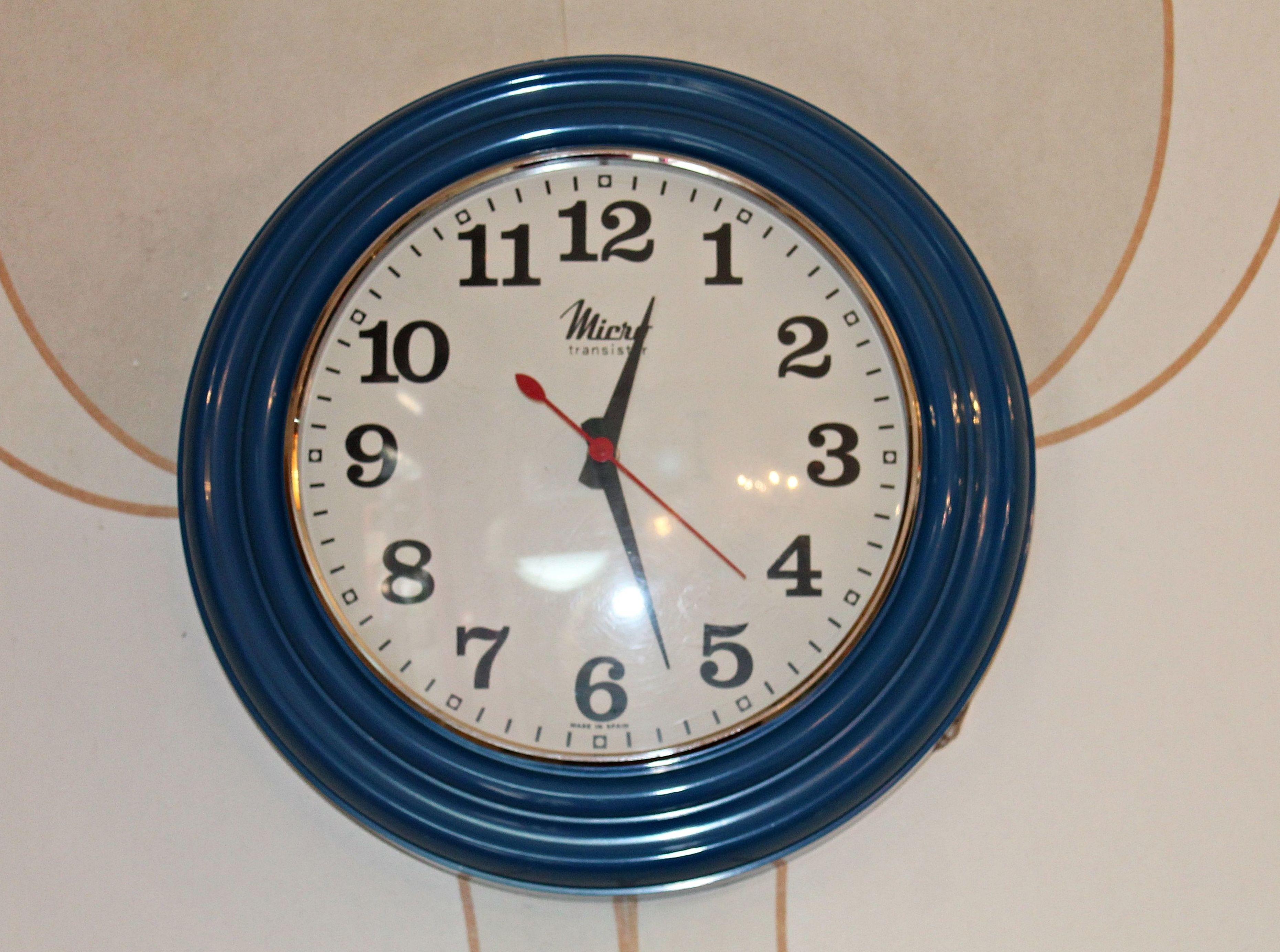 Reloj de pared MICRO transistor: Artículos  de Ruzafa Vintage