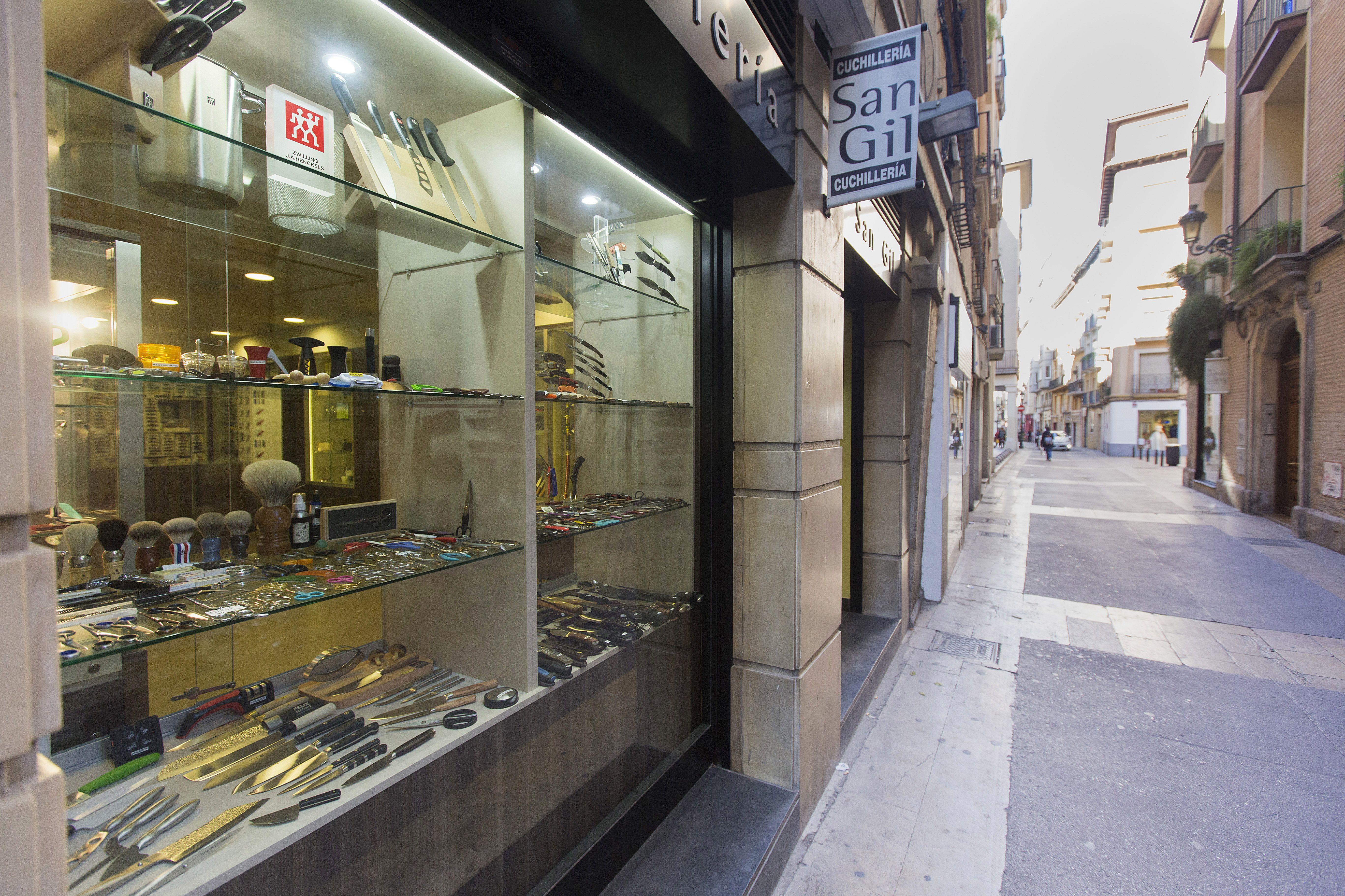 Gran variedad de cuchillos para caza en Zaragoza
