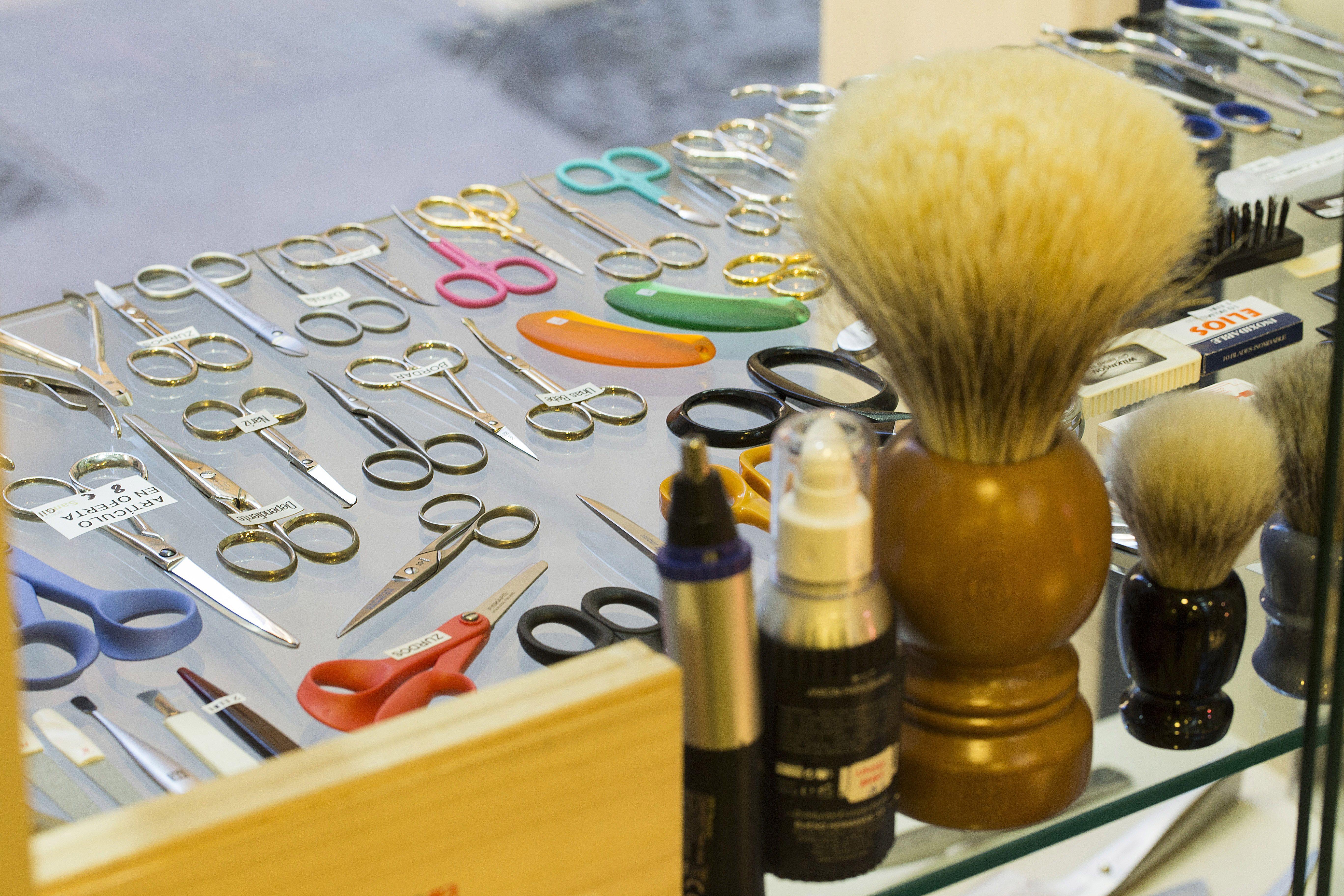 Tijeras y accesorios profesionales en Zaragoza