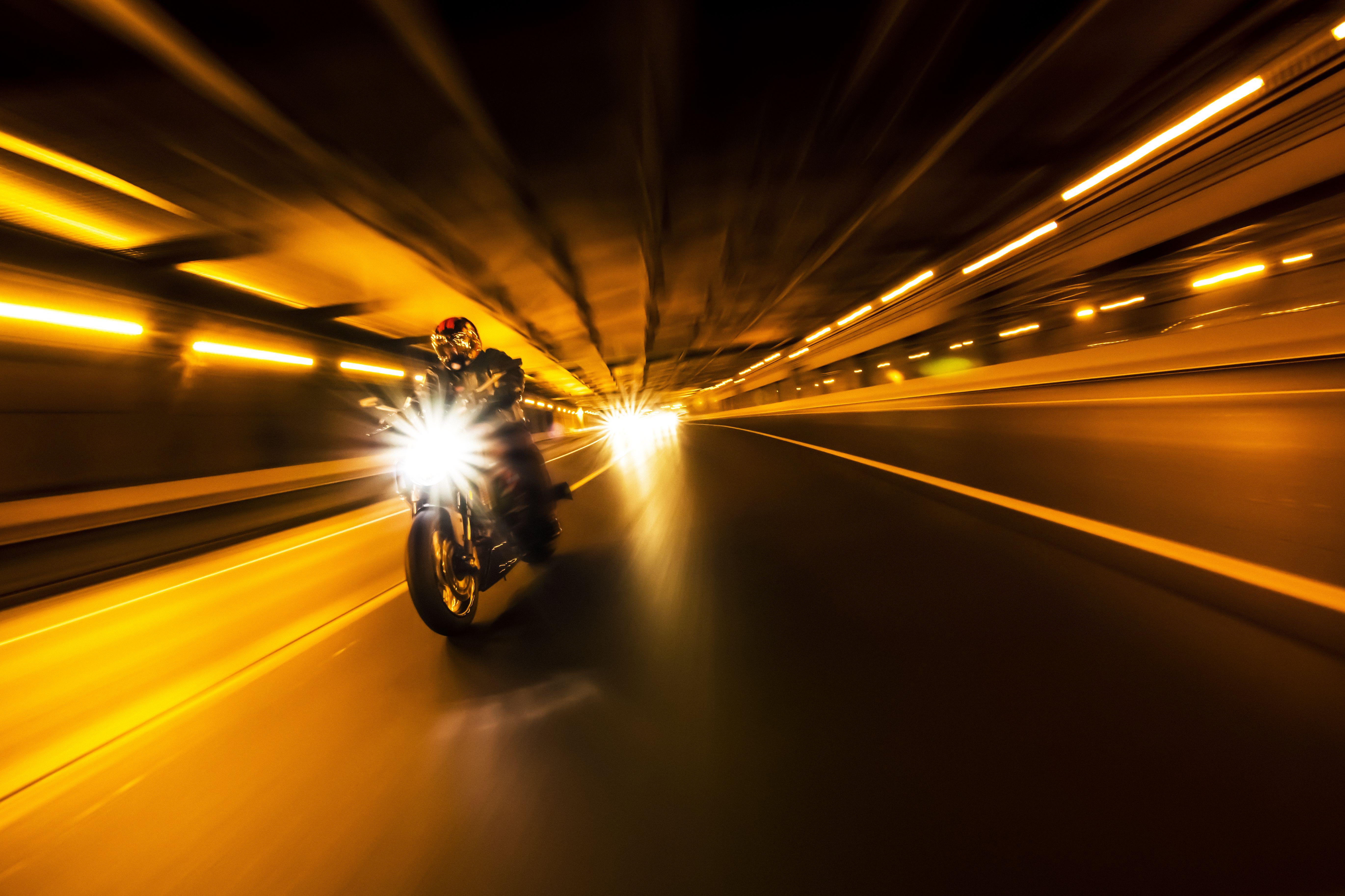 Carnet de moto A: Para ver Cursos y Servicios de Autoescuelas Ares Formación