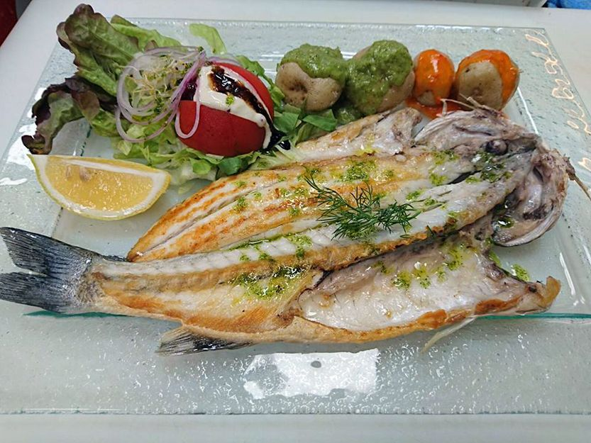 Eat fresh fish in Lanzarote