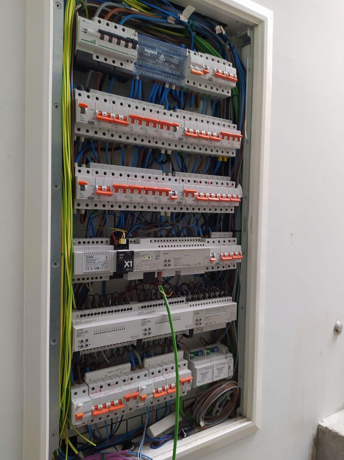Foto 29 de Instalaciones eléctricas en  | Herma Servicios