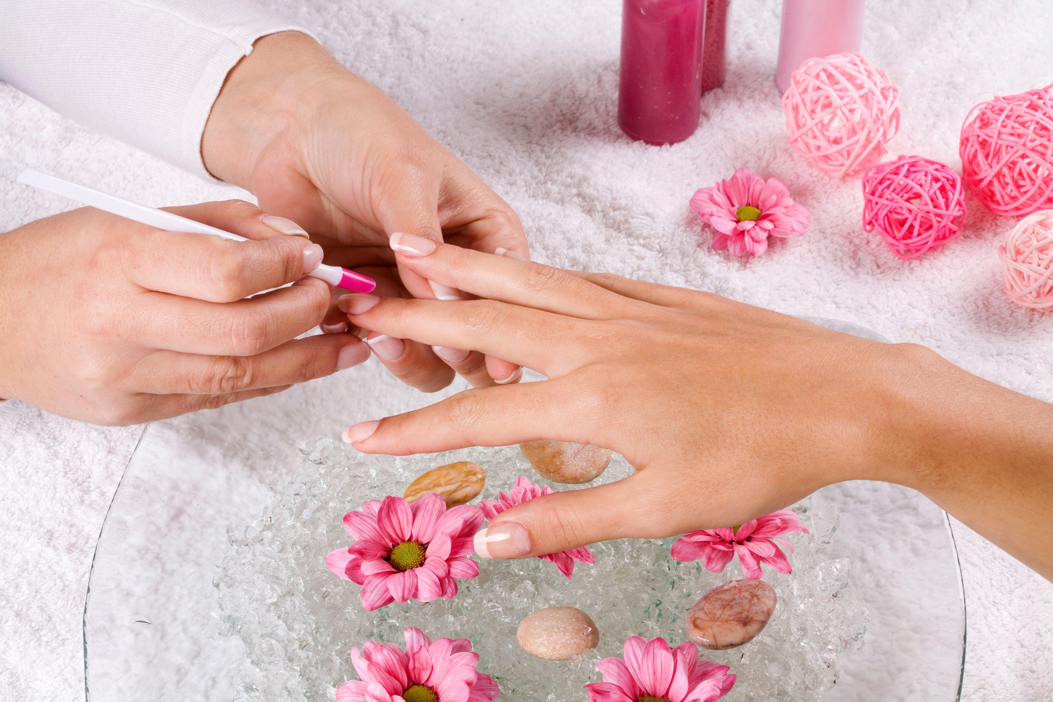 Manicura spa: Servicios de Divinity Body Nails