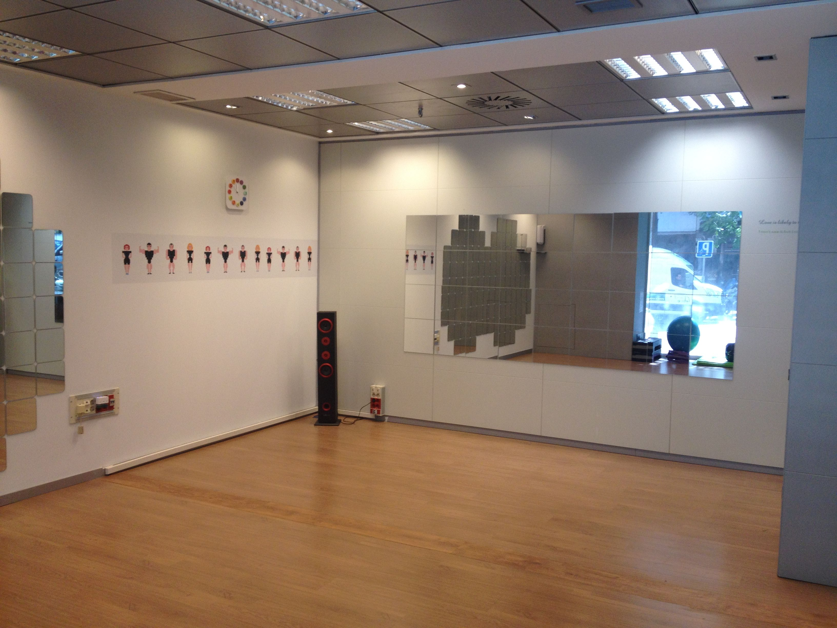 Sala de actividades grupales de Go Electro Studio en Madrid
