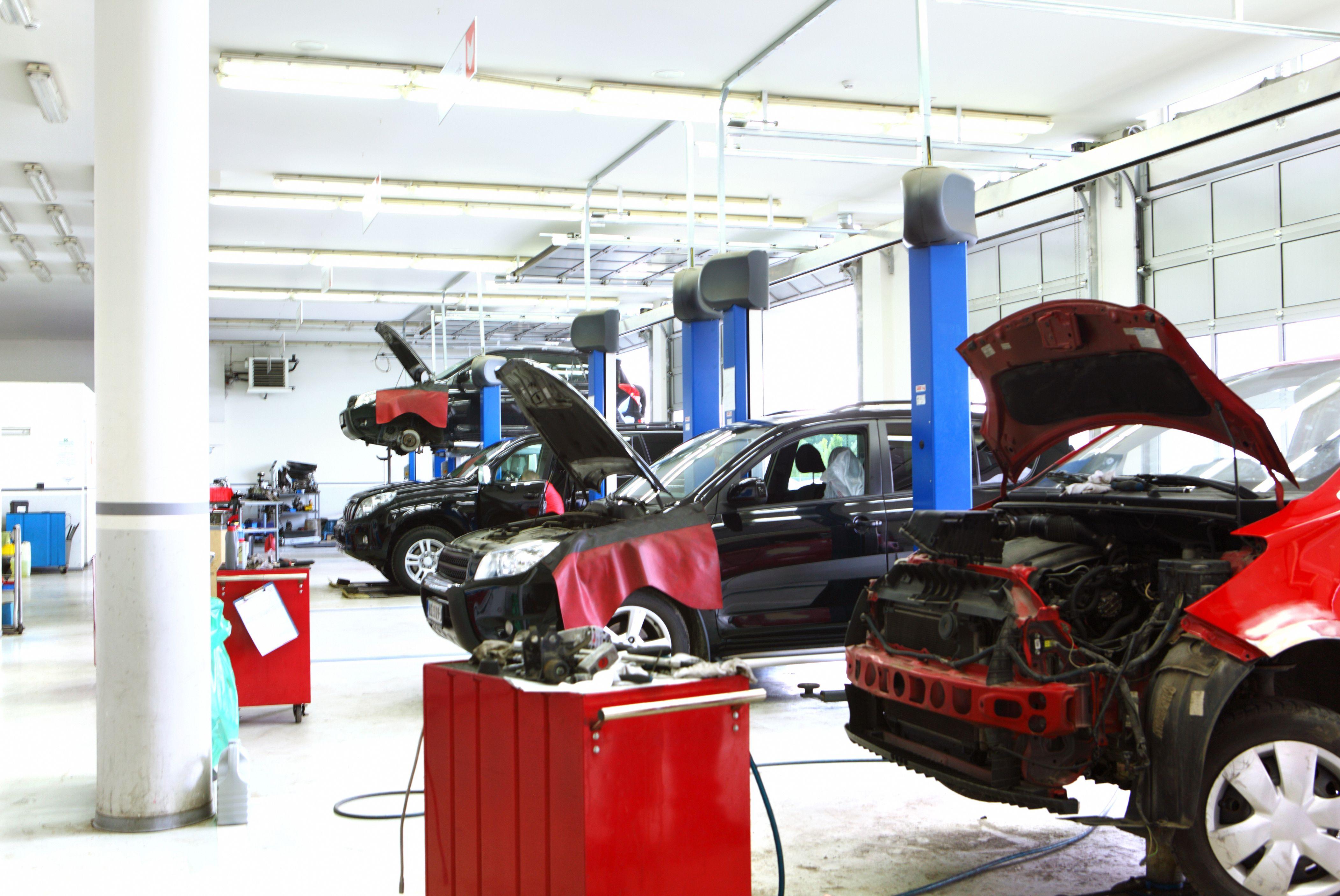 Foto 8 de Talleres de automóviles en Águilas | Centro Motor
