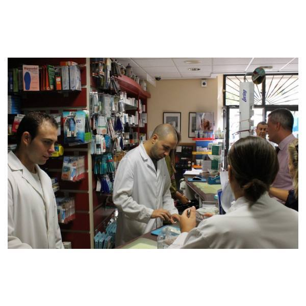 Servicios de dietética y nutrición: Servicios de Farmacia Cano