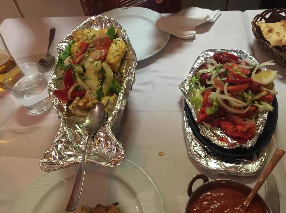 Restaurante especializado en comida india