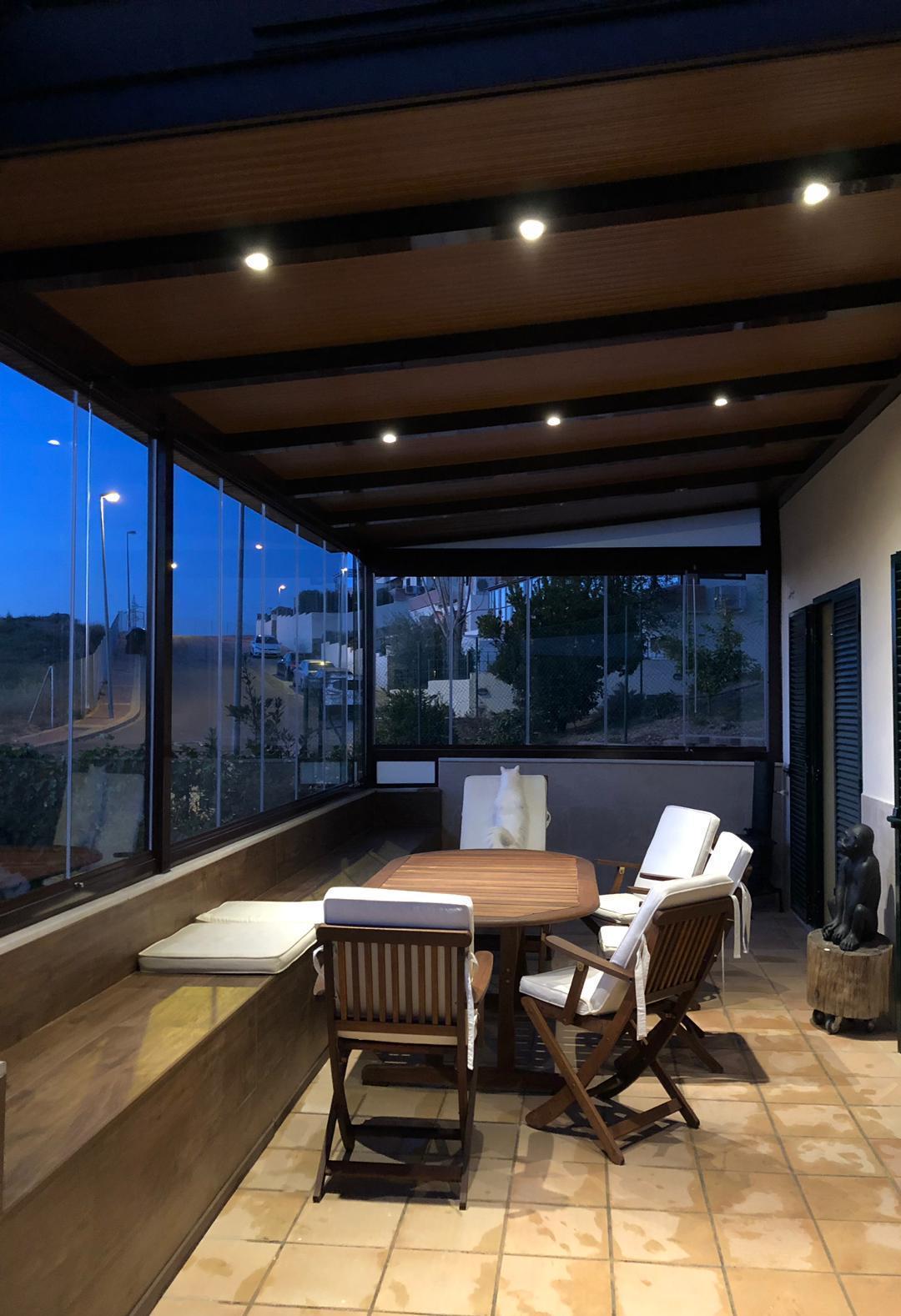 Foto 5 de Cerramientos y techos de cristal en El Ejido | Acristalamientos Diansa