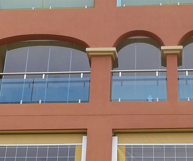 Ventanas de cristal y aluminio en Granada