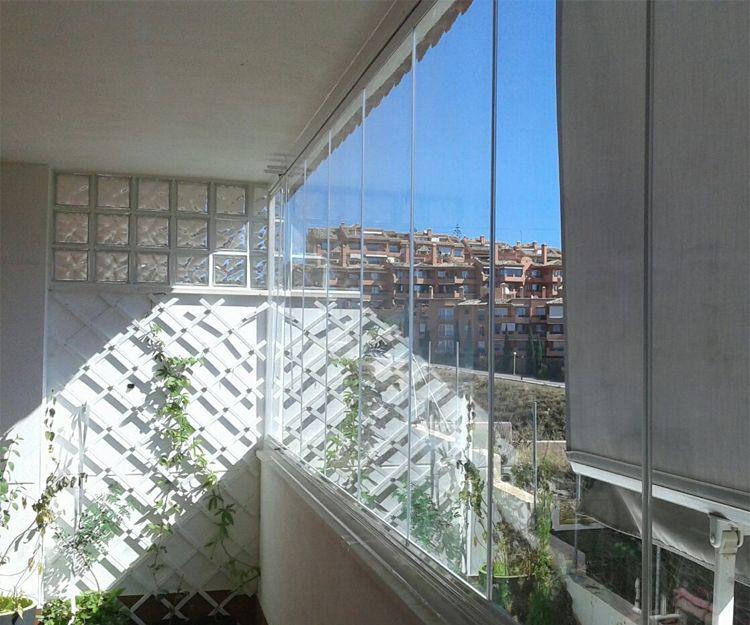 Cortinas de cristal en Almuñécar