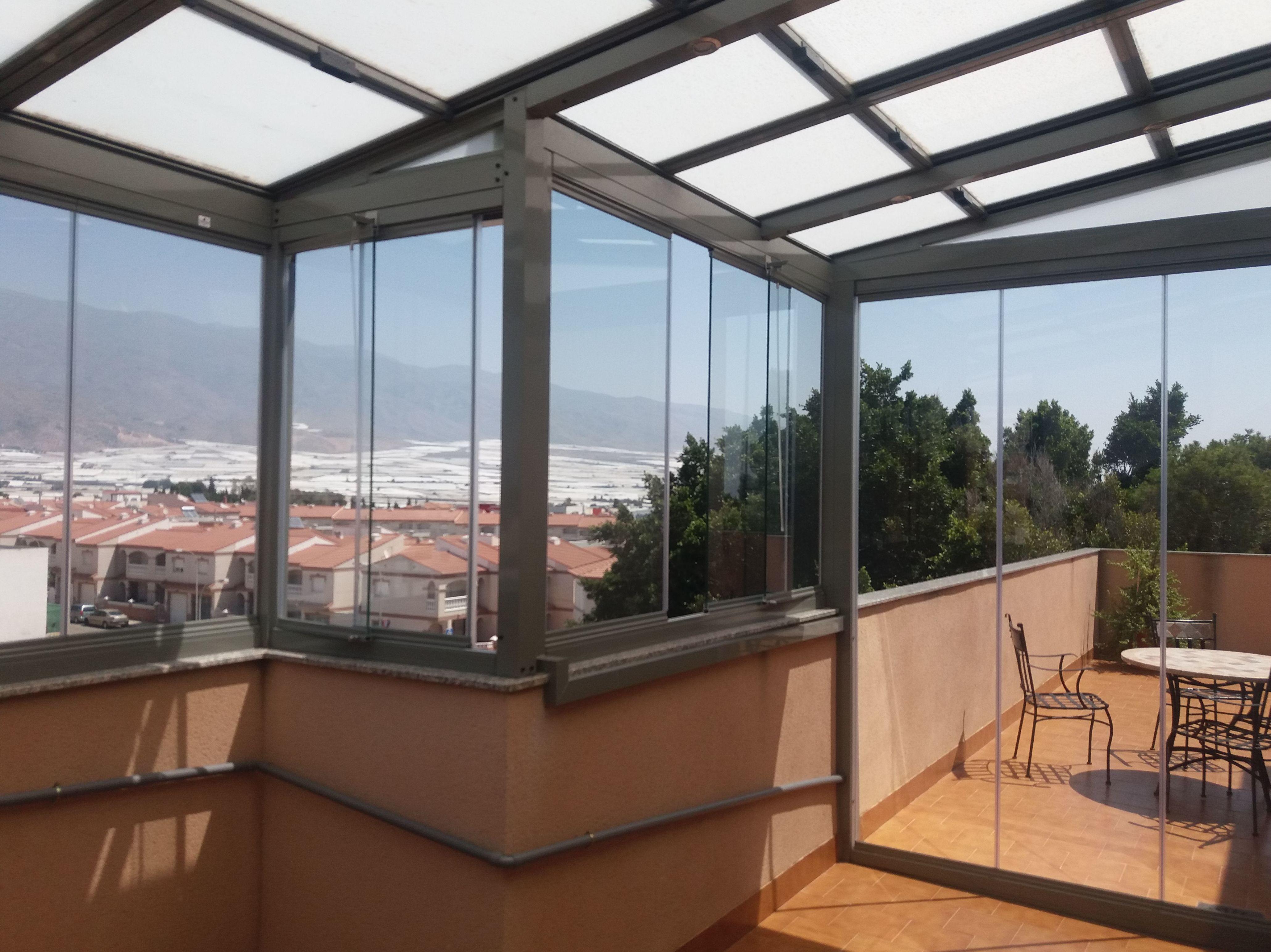 Foto 2 de Cerramientos y techos de cristal en El Ejido | Acristalamientos Diansa