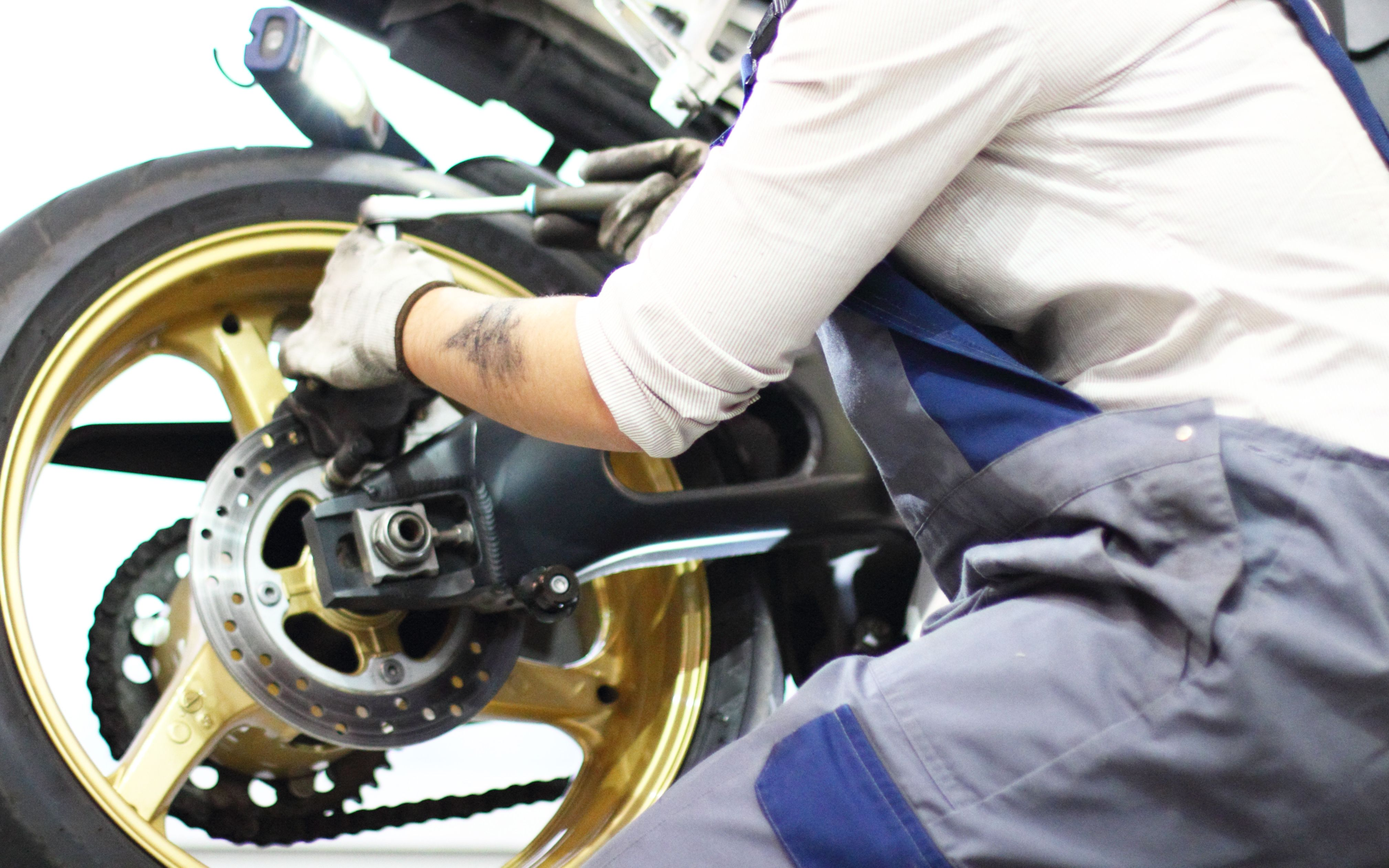 Mecánica general y servicio técnico para motos: Servicios de Mecánica Torreauto