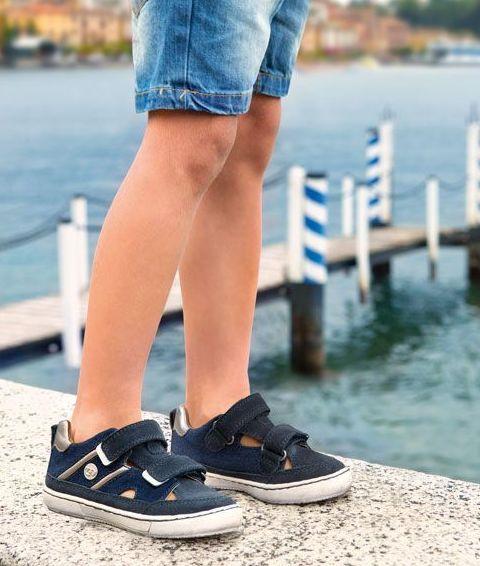Calzado infantil de la marca Mayoral en Bamby Modas (Galapagar)
