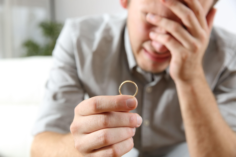 Servicios de investigaciones de cuestiones familiares y de pareja