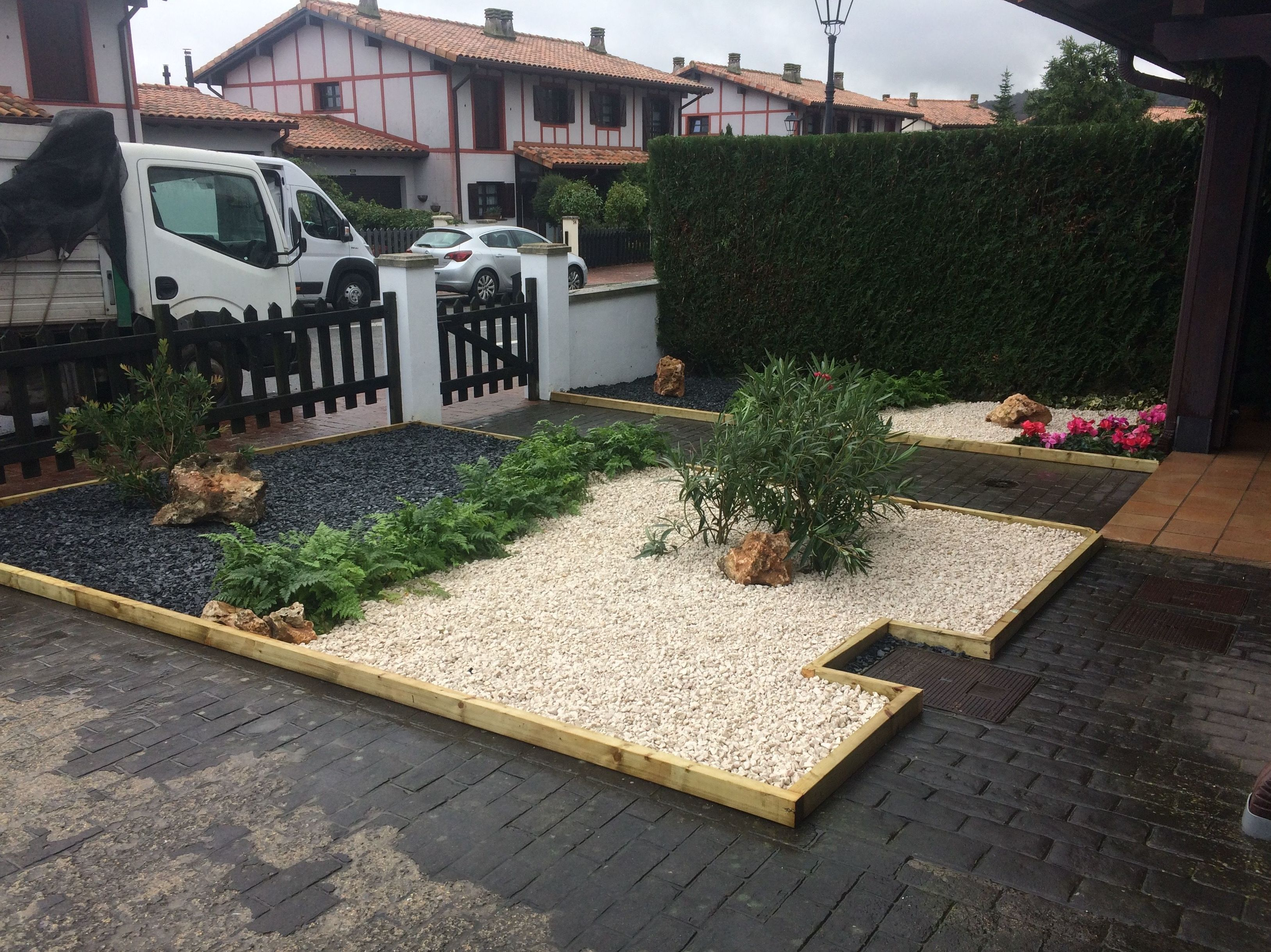 Foto 55 de Jardines (diseño y mantenimiento) en Vitoria-Gasteiz | Indoor Garden