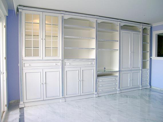 Mueble  de salón lacado
