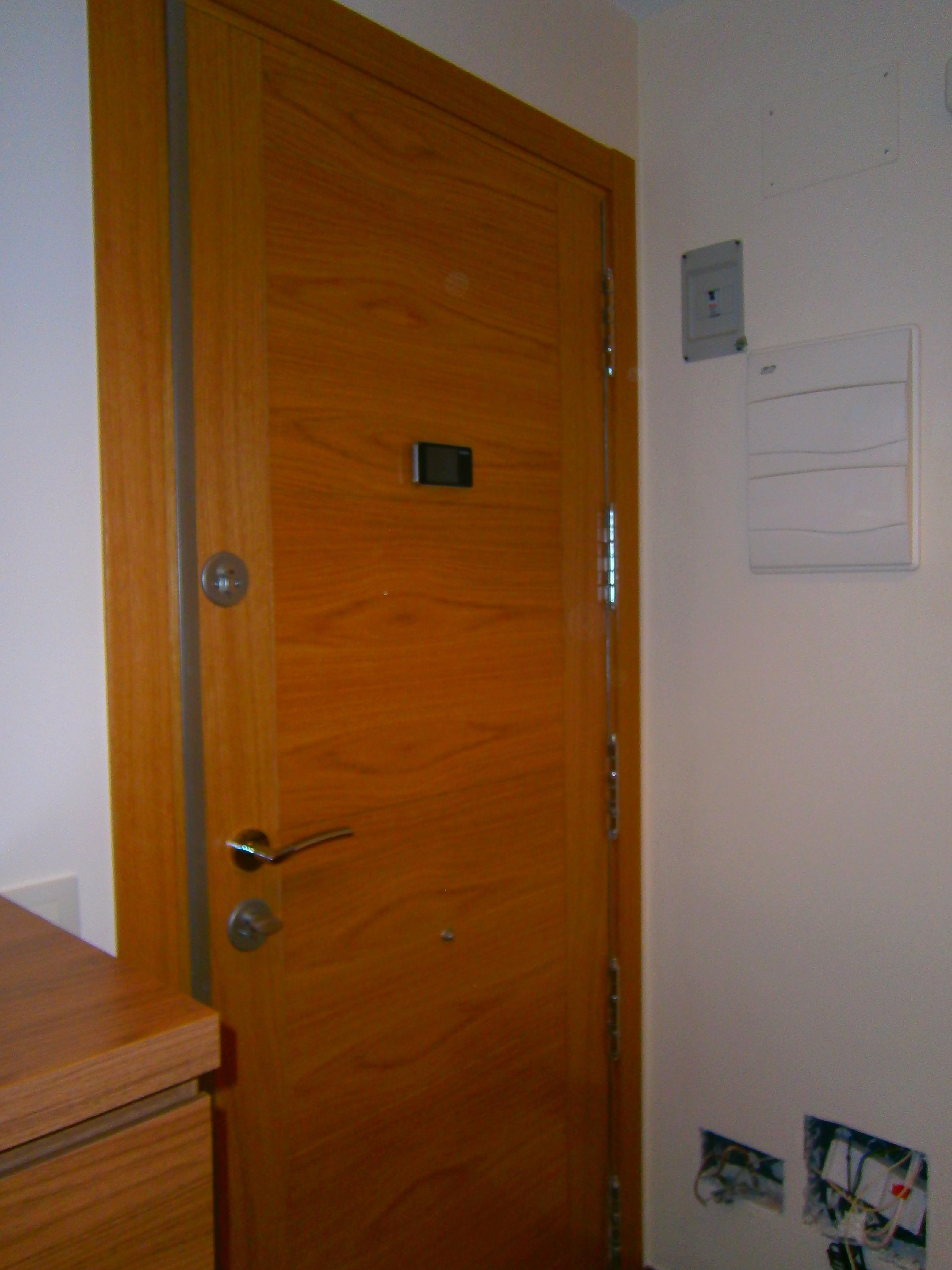 Puertas blindadas y acorazadas cat logo de carpinter a - Puertas blindadas a medida ...