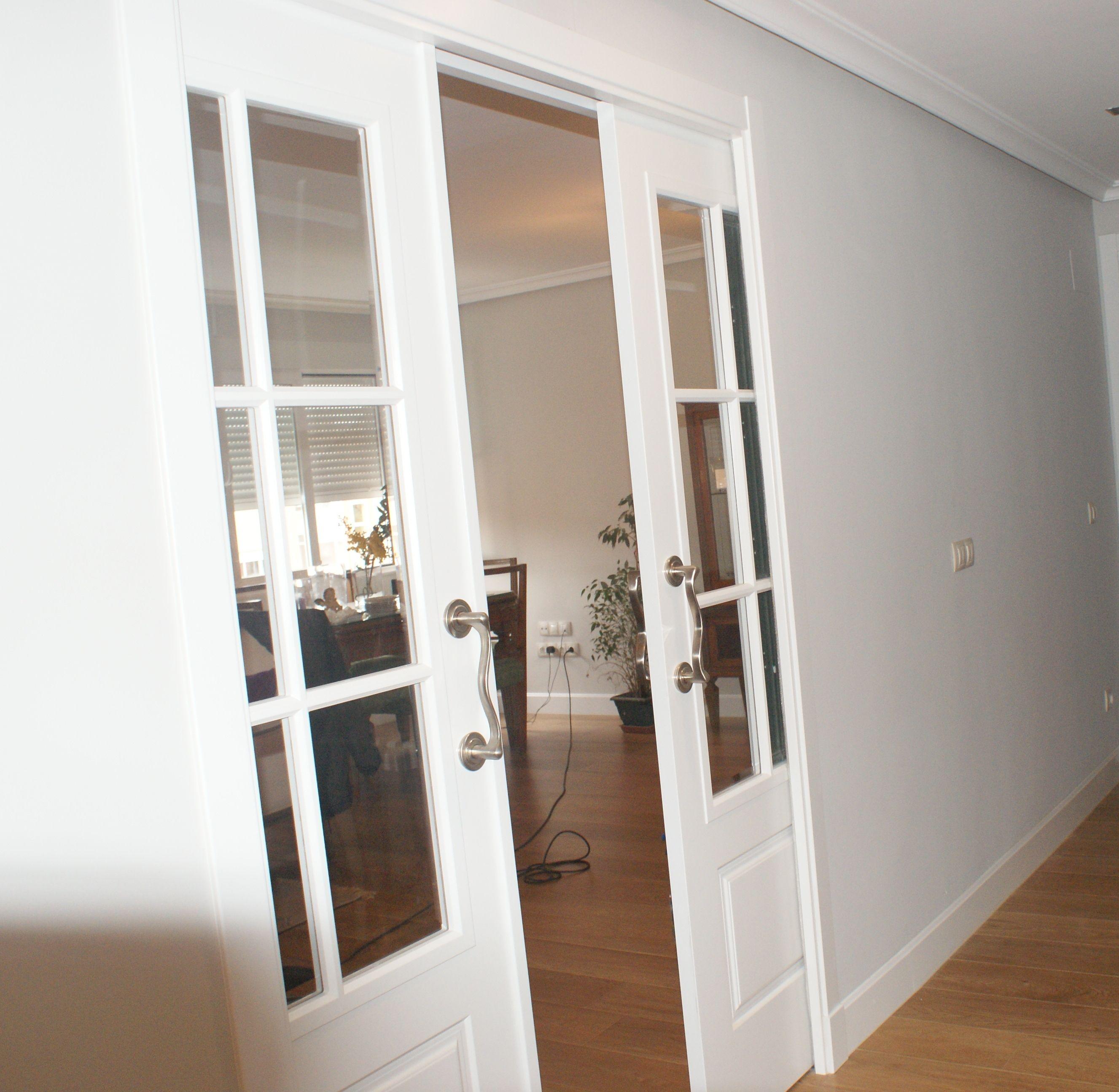Puerta Krona corredera lacada en blanco