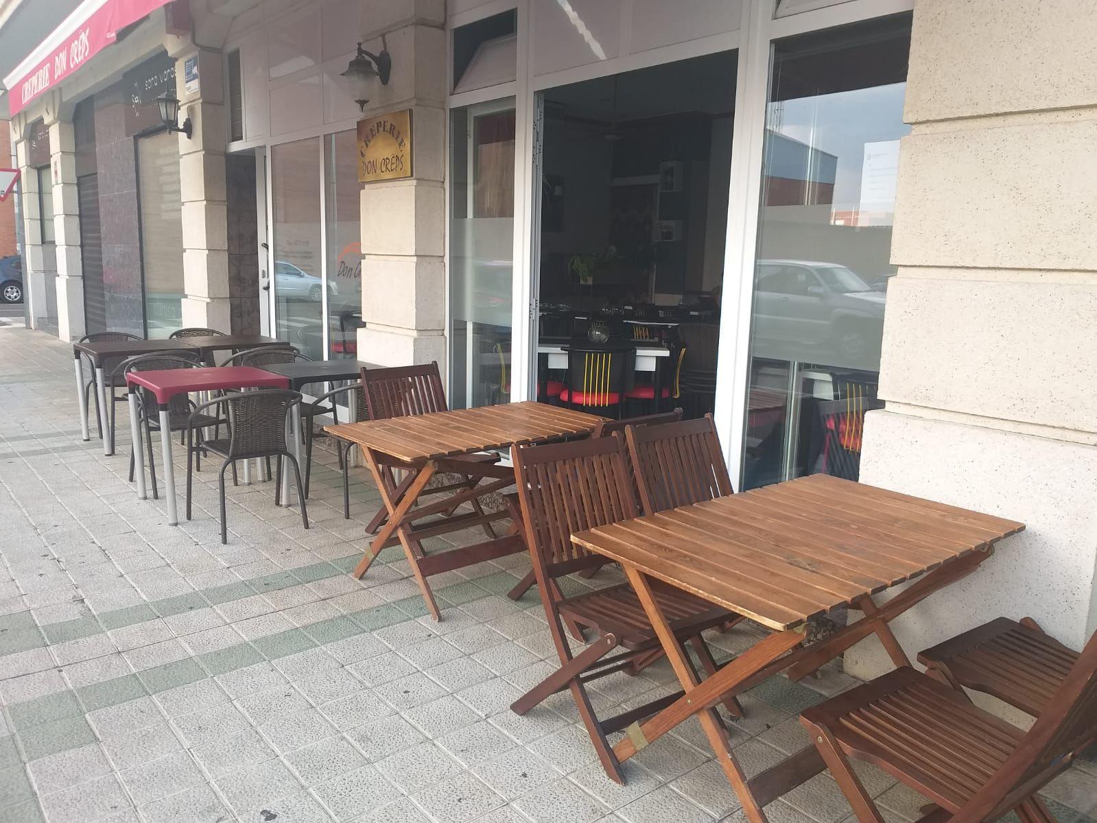Amplia terraza en Palencia