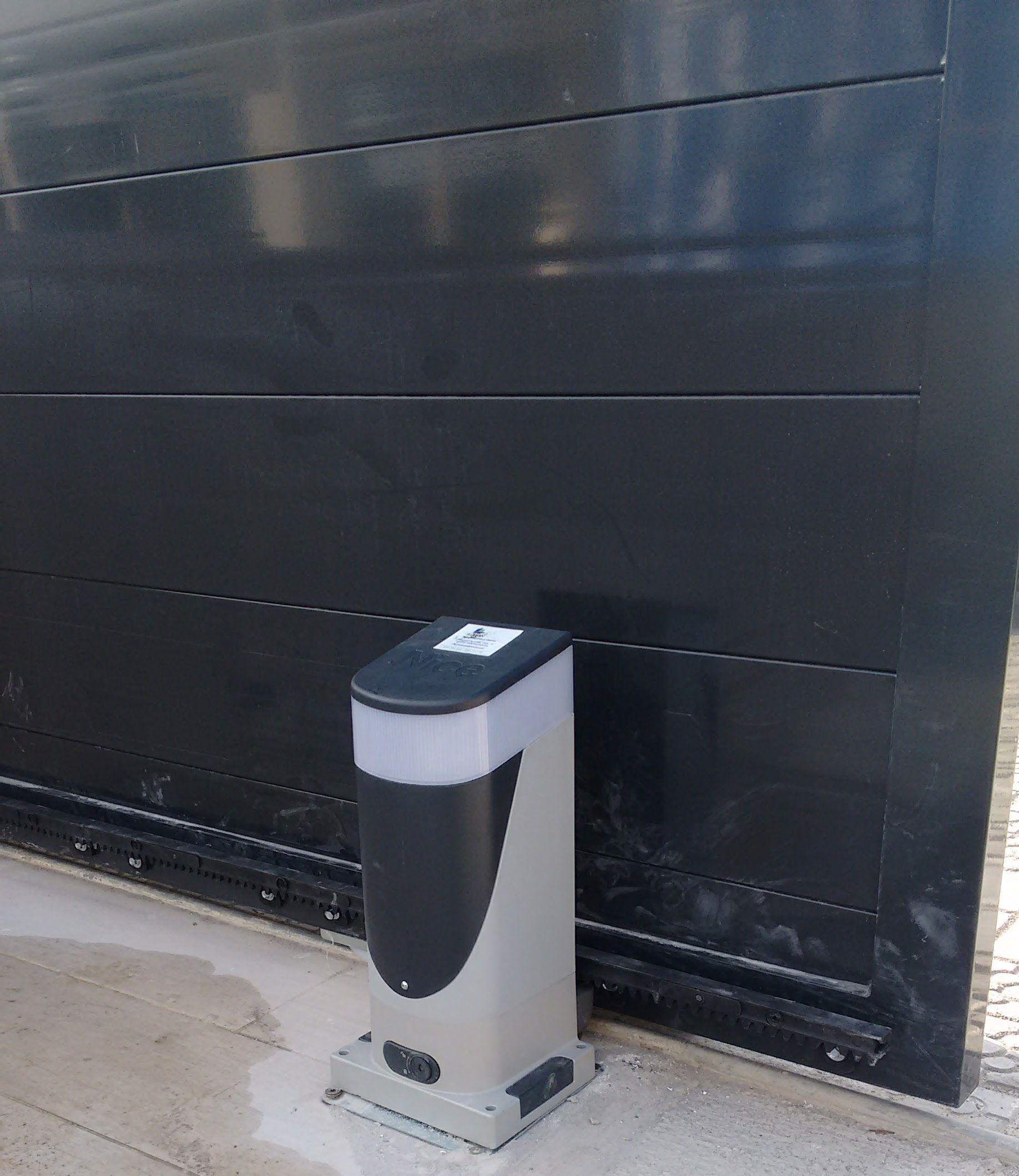 Foto 40 de Puertas automáticas en Trapagaran | Automatismos y Cierres Alman